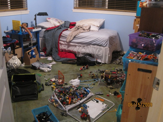 Great A Long As I Dont Step On Them At Night Have You Ever Stepped Lego Piece Quch It Hurts Anyway Heres The Messy Room Before Photo