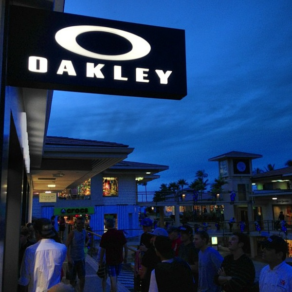 oakley store  oakley store