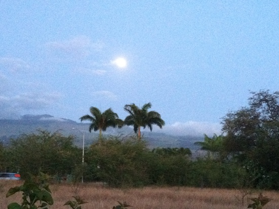Full Moon on Maui 2