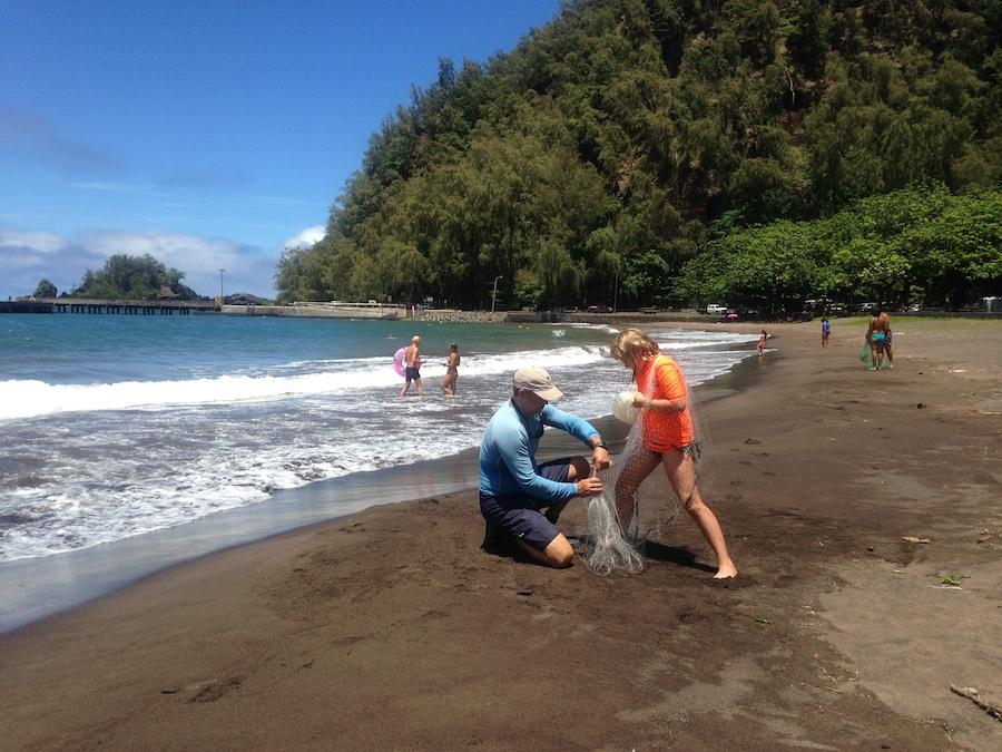 Hawaaiin Throw Net Fishing Hana Maui