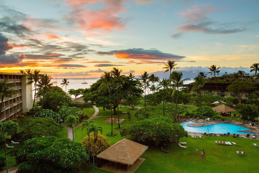 Father daughter staycation at k anapali beach hotel a for Package homes hawaii
